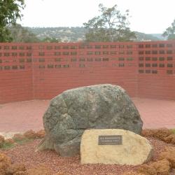 memorial wall-01